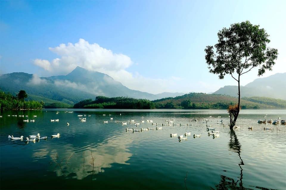 Hồ Thanh Lanh resort Serena Valley