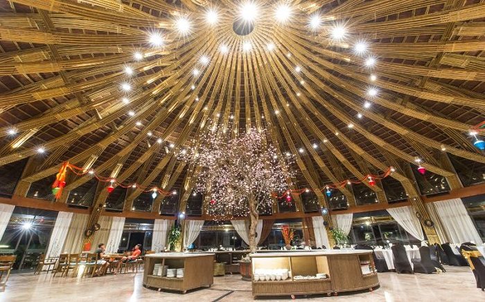 Nhà hàng nón Resort Serena