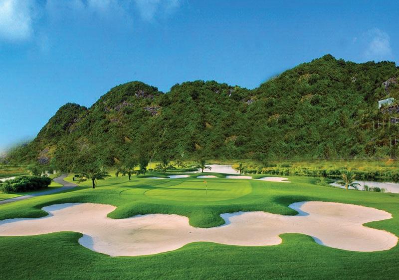 Sân Golf khu du lịch quốc tế Đồi Rồng