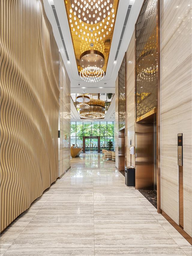 Sảnh thang máy Grandeur Palace Phạm Hùng